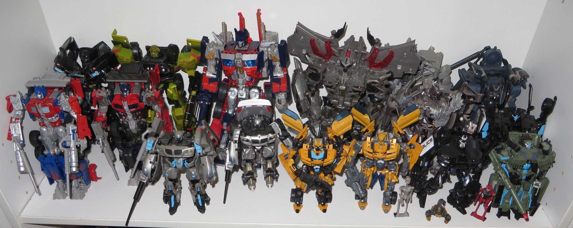 Griffins Transformers Collection